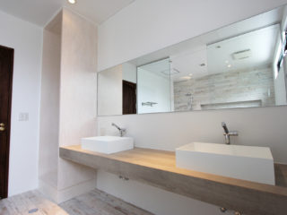 009_The_Stella_Hamahiga_bathroom1